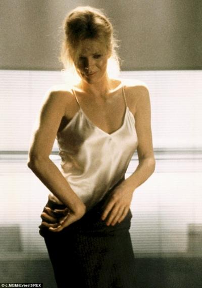 Η Kim Basinger στις 91/2 εβδομάδες