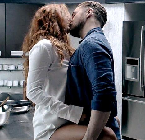Σεξ στην κουζίνα