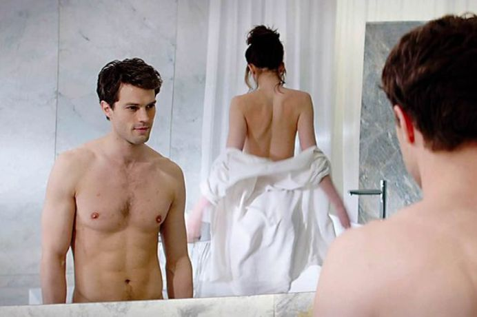 Sex μπροστά στον καθρέφτη