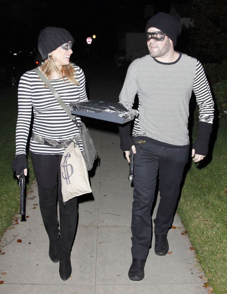 Hilary Duff και Mike Comrie σαν ληστές